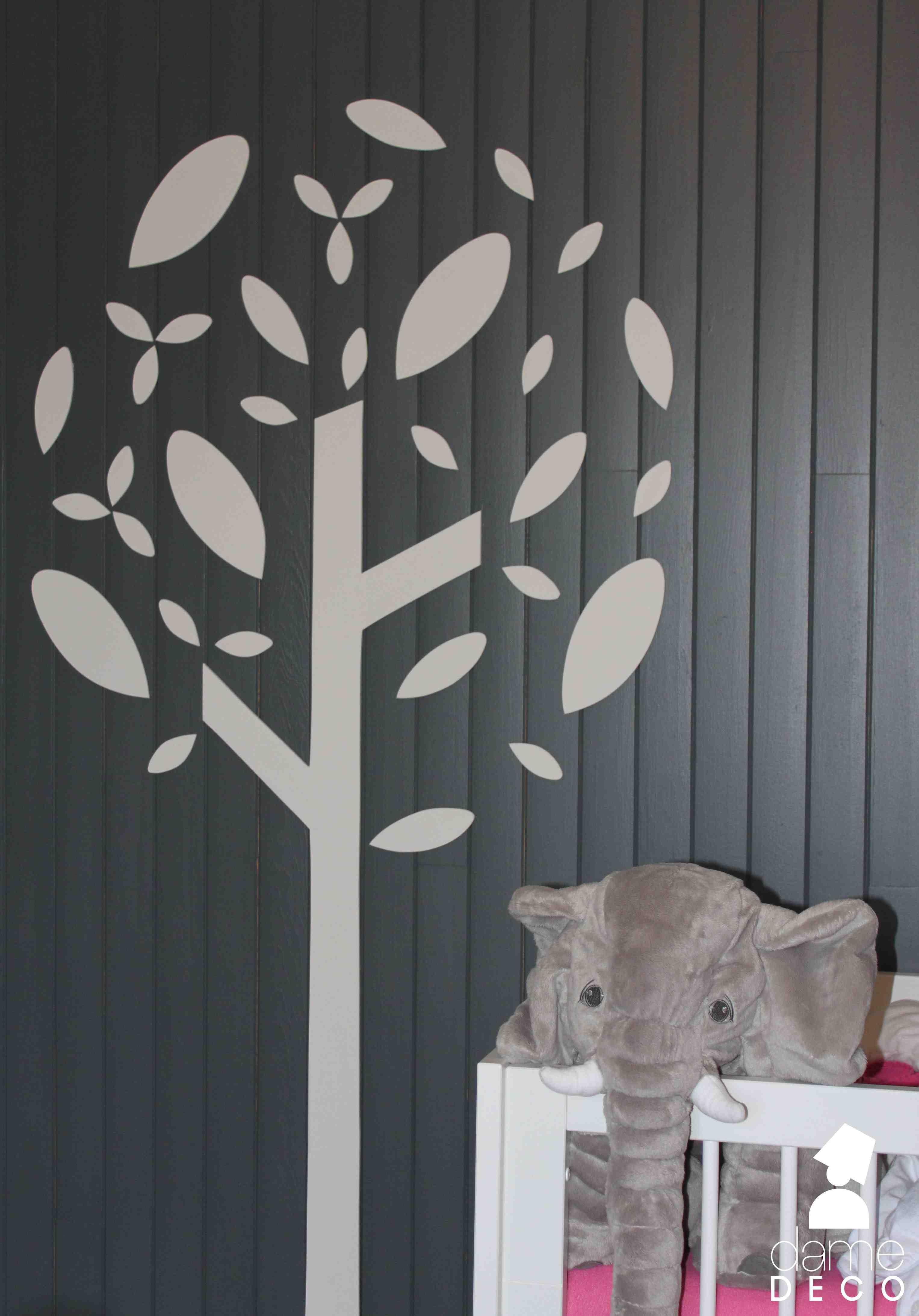 realisation d'une decoration murale en mdf